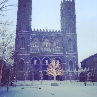 Basilique Notre Dame ,Vieux Montréal, Good Morning Montreal